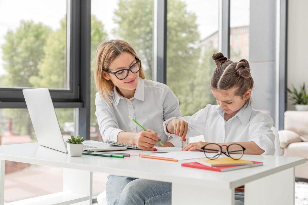 Mama i dziecko - nauka w domu